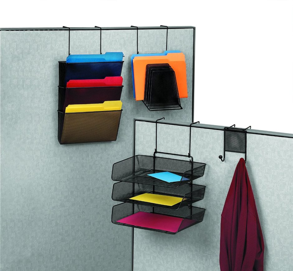 close-up-cubicle-file-hangers