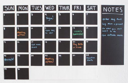 blackboard-decal-calendar-featured